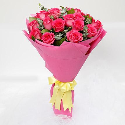 20 Dark Pink Roses Bouquet: أفكار هدايا للحبيب أون لاين
