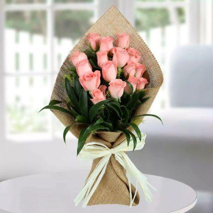 باقة الورود الزهرية الجميلة: باقة زهور عيد أم سعيد