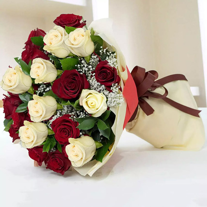 Beauty Of Red & White 20 Roses: