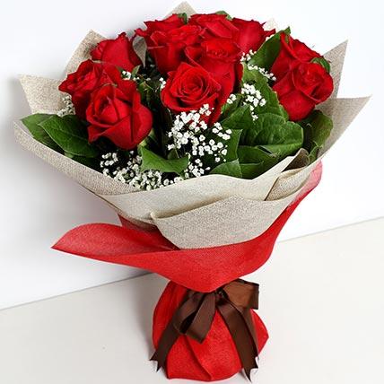Bunch Of Ravishing Roses: Onam Gifts