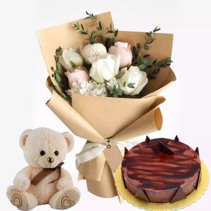 Chocolate Ganache Cake With Flowers & Teddy: هدايا يوم الدبدوب أون لاين