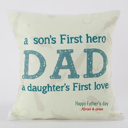 Dads A Hero Personalized Cushion: هدايا حسب الطلب لعيد الأب