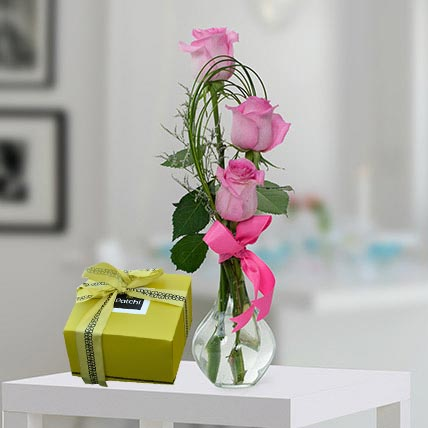 Pink Roses And Patchi Chocolate Combo: