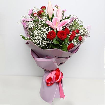 باقة ورد أنت من عجائب الدنيا: Love and Romance Gifts