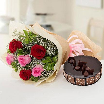 بوكيه ورد جميل مع كيكة الشوكولاتة