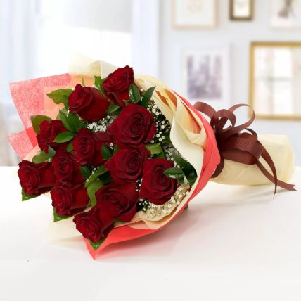Beauty of Love 12 Roses