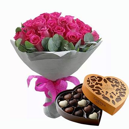 Dark Pink Roses Bunch & Godiva Chocolates 500 gms