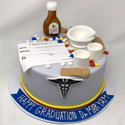 Doctor Theme Graduation Cake 2 Kg