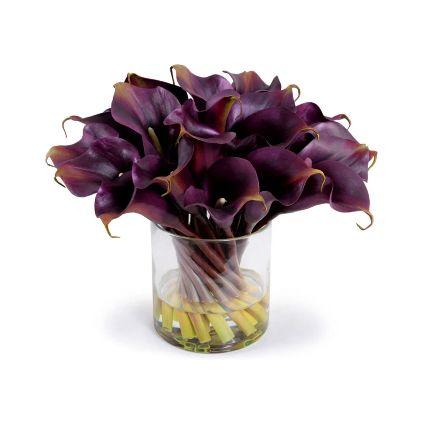 Exclusive Calla Lilies Glass Vase Arrangement
