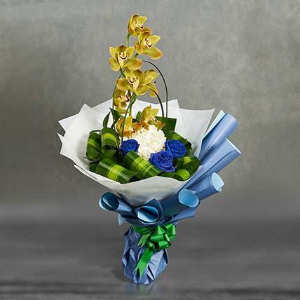 باقة أزهار مختلطة رشيقة