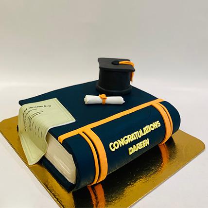 Graduation Cake 1 Kg