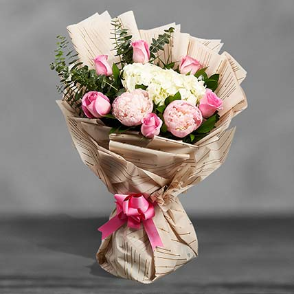 Grand Expressions Of Floral Love