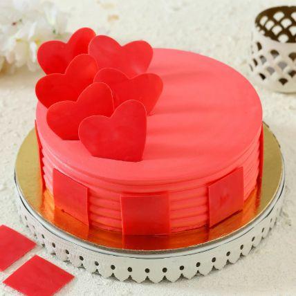 Hearty Strawberry Cake 1.5 Kg
