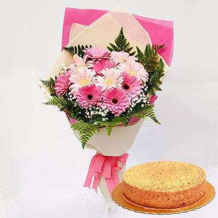 Pink Gerberas & Honey Cake 4 Portions