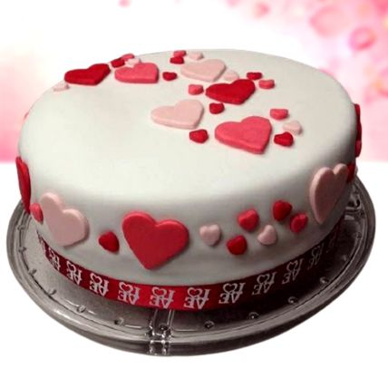 Pretty Love Vanilla Fondant Cake Half Kg