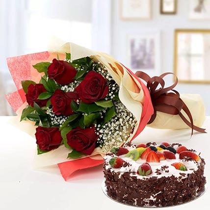 كيكة الورد الأحمر والبلاك فورست- نصف كيلو