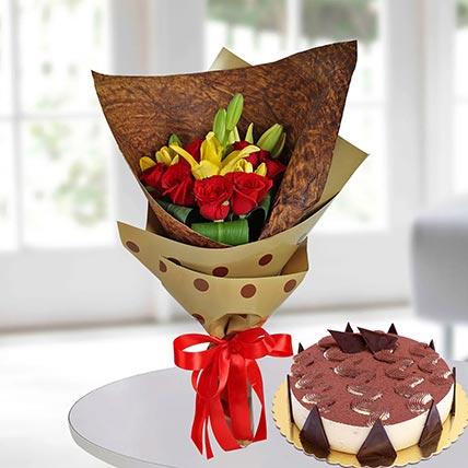Red Roses & Tiramisu Cake 8 Portions