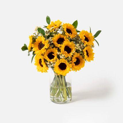 Striking Sunflowers Vase Arrangement