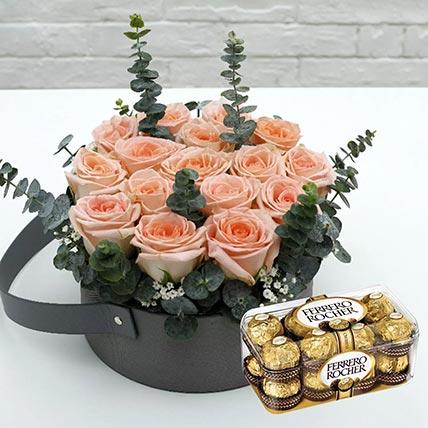 Sweet Pink Roses & Ferrero Rocher 16 Pcs