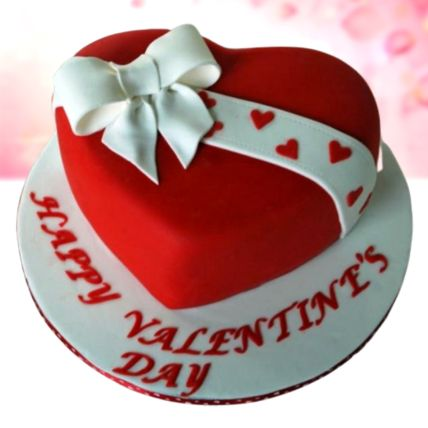Valentines Bow Vanilla Fondant Cake Half Kg