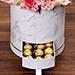 بوكس من الورد الزهري والشوكولاتة